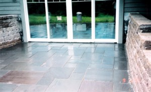Versalok wall bluestone patio